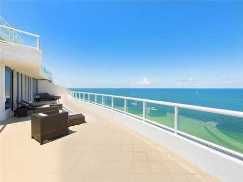 View from a luxury Fort Lauderdale condo for sale here on the oceanfront!