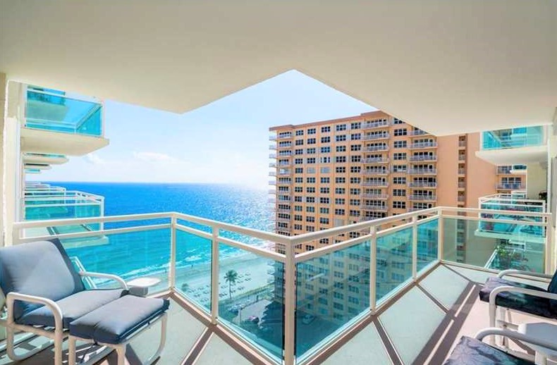 View Fort Lauderdale condos for sale Playa del Mar