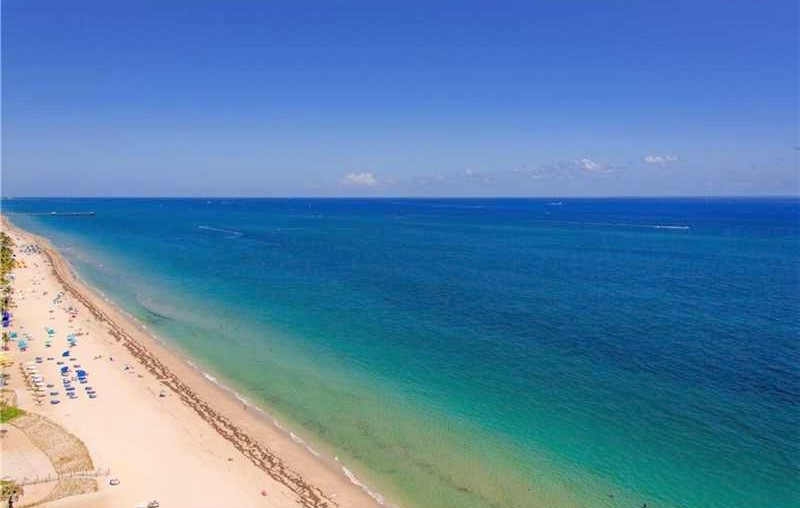 View Fort Lauderdale condo for sale Playa del Sol