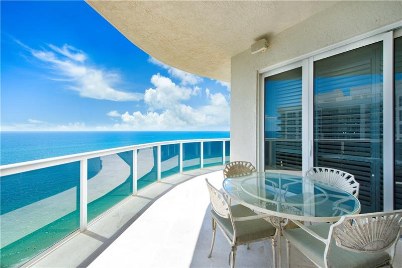 View from one of the L'Hermitage Galt Ocean Mile condos for sale Fort Lauderdale