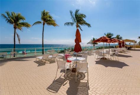 Ocean views Playa del Mar condo for sale Galt Ocean Mile