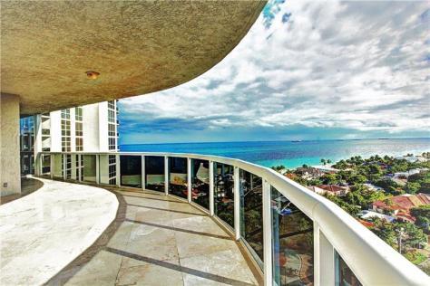 View luxury Galt Ocean Mile condo sold 2017 L'Hermitage