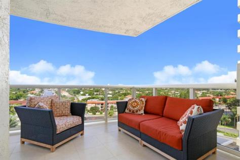 View Galt Ocean Mile condo pending sale - L'Ambiance Unit 901