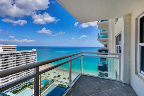 View 1 bedroom oceanfront condo recently sold Playa del Mar Galt Ocean Mile