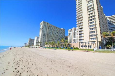 View Plaza East condominium 4300 N Ocean Blvd Fort Lauderdale