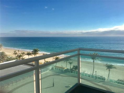 View 2 bedroom Galt Ocean Mile condo recently sold Playa del Mar