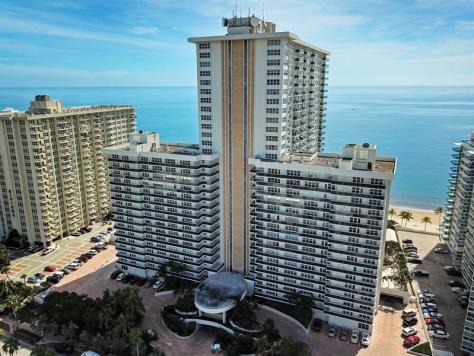 Aerial view Playa del Sol condominium 3500 Galt Ocean Drive Fort Lauderdale