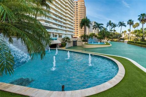 View Fountain Playa del Mar condominium 3900 Galt Ocean Drive Fort Lauderdale