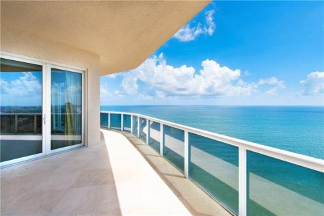 View L'Hermitage Galt Ocean Mile condo just listed for sale 3100 N Ocean Blvd Fort Lauderdale - Unit 2810