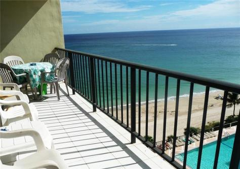 View Galt Ocean Mile condo just listed for sale Plaza South