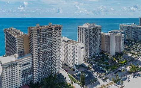View Plaza South condominium 4280 Galt Ocean Drive