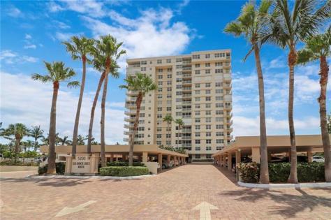 View Sea Ranch Lakes North condominium 5200 N Ocean Blvd Lauderdale by the Sea
