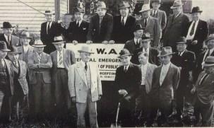 Mayor Baals w shovel Aug 23 1939