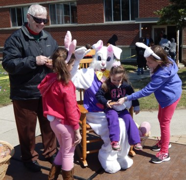 040415 Easter Egg Hunt 5176