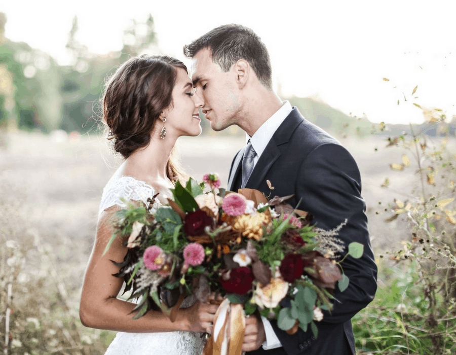 12 Elopement Announcement Wording Ideas And Examples