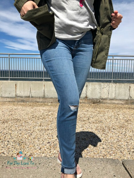 33a4de0f68cd65 With the jeans, I also got this T-Shirt for only $10.00, from the EV1 from Ellen  DeGeneres Collection. Again totally in love, the Tee is soft and it pairs  ...