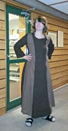Christine fikk nesten ferdig sin første kjole / Christine got close to finishing her first dress
