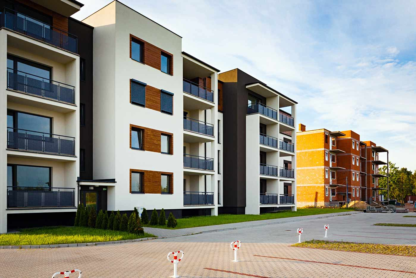 Picture of a multi-family building with cladding and construction done by Fort Sands