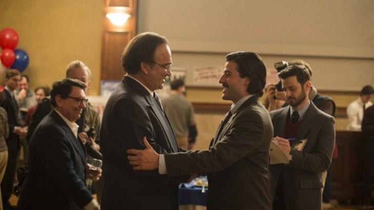 Nach der Bürgermeisterwahl: der Unterlegene (James Belushi) und der Überraschungssieger (Oscar Isaac); Foto: HBO
