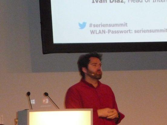 """Von Katalanien um die Welt: Ivan Diaz stellte """"Polseres vermelles"""" und """"I Know Who You Are"""" vor"""