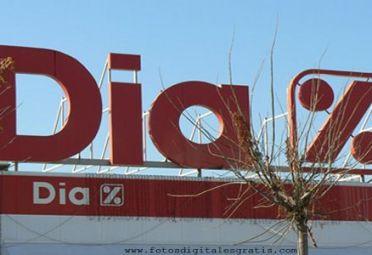 DIA%. Carrefour se separará de la cadena de bajos precios.