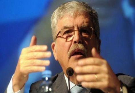 JULIO DE VIDO. Ministro de Planificación.