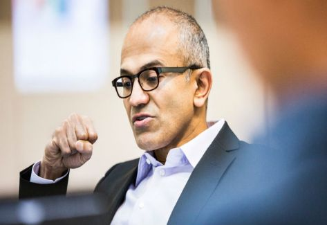 NADELLA. CEO de Microsoft.