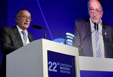 Titular de la UIA criticó las medidas económicas de Macri