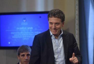El ministro Dujovne salió a responderle a Massa