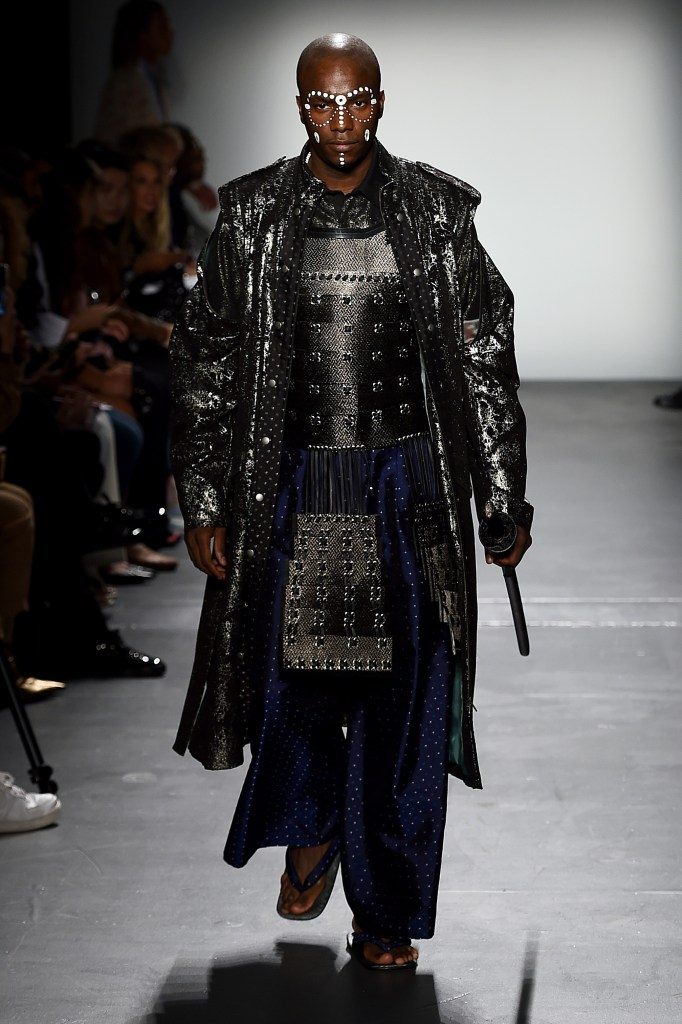 "FORTUNA Tokyo NYFW SEPTEMBER 2019 ""SAMURAI HISTORY"" 2020 SS Collection look1, Yang Paris."