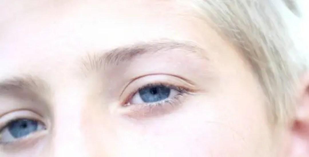 柳眉と一本眉の人の性格や特徴が分かる8の人相占い