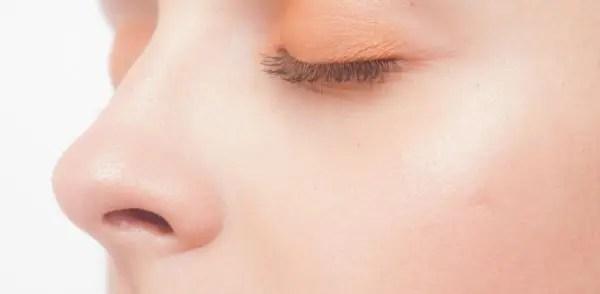 鷲鼻と段鼻の人の性格や特徴が分かる8の人相占い