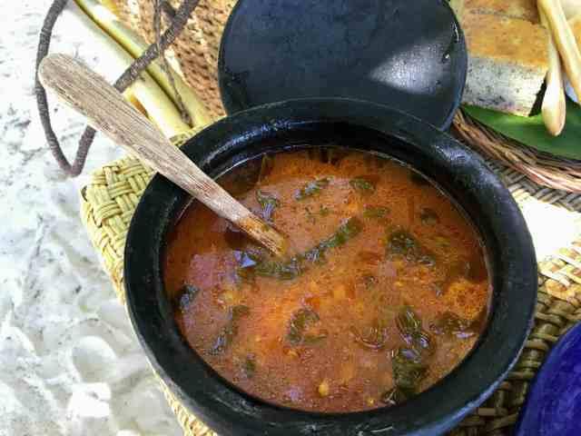 Picnic lunch at Entalula Island in El Nido, Palawan, Phlippines