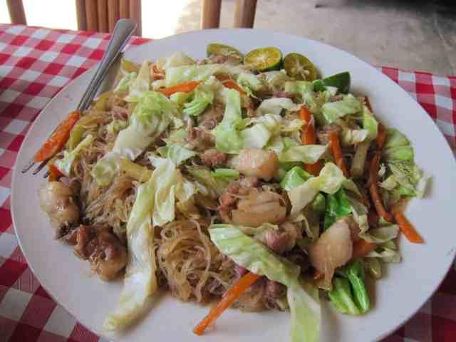 Pancit guisado from Tabing Dagat restaurant at Roxas, Palawan, Philippines