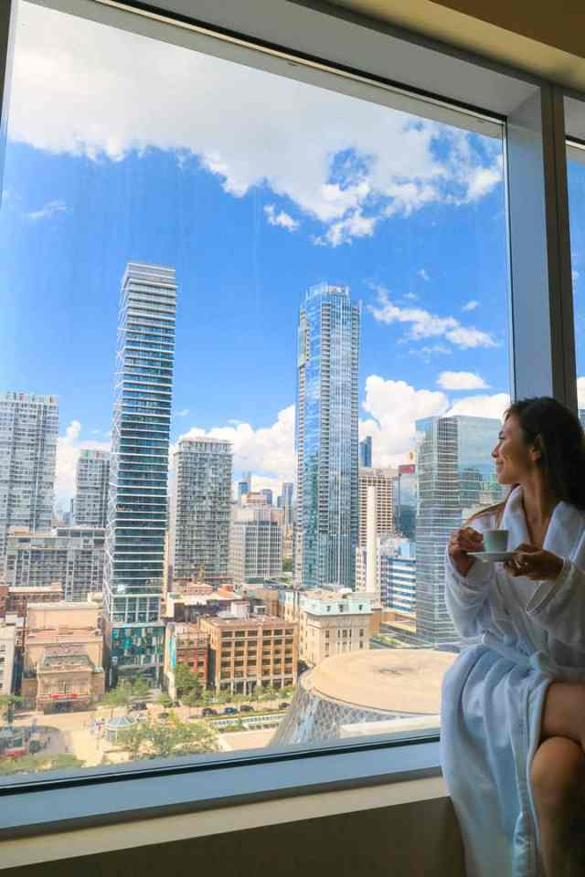 Ritz Carlton - Summer Road Trip to Niagara Falls Ontario Canada - 5 Day Itinerary from Toronto