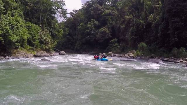 two weeks in Costa Rica_Whitewater Rafting