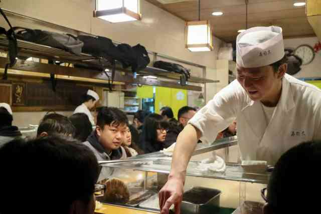 best sushi in tsukiji fish market