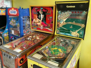 A photo of two pinball machines