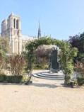 Square René Viviani, Paris