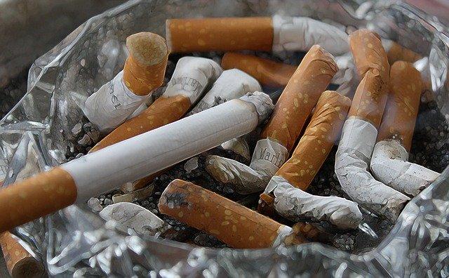 Gift für Antiaging: Zigaretten