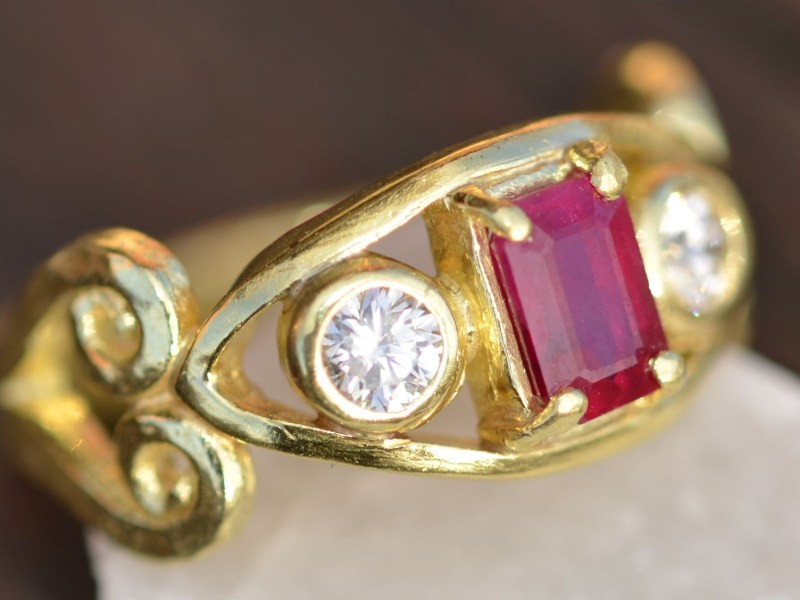 Ruby and diamond rings set
