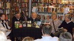 40 Press authors (from left to right) Kathleen Vellenga, David Housewright, Richard A. Thompson, Pat Dennis, and moderator E. Kelly Keady.