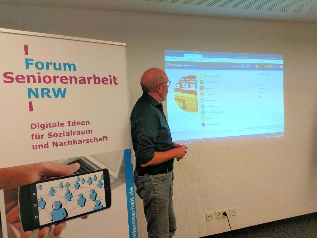 Günther Lachnit während der Präsentation