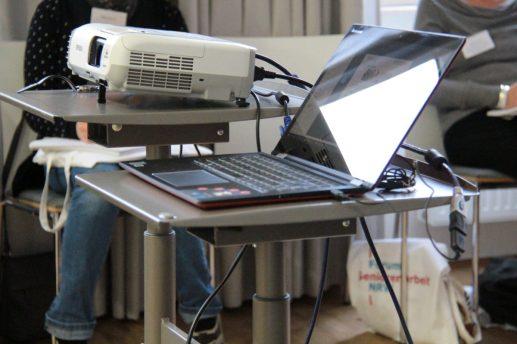 Technik (Laptop und Beamer)