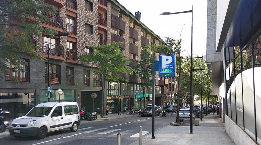 Edificis d'habitatges al carrer Prat de la Creu