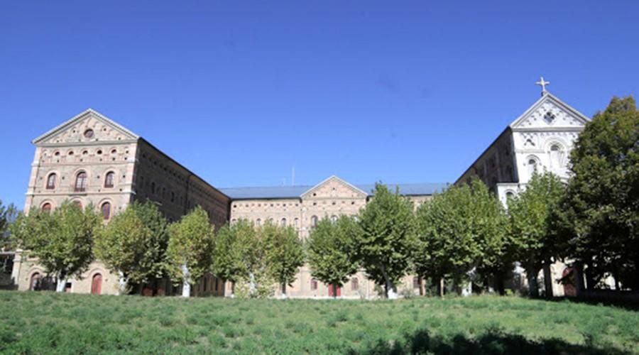 L'edifici del Seminari de la Seu, habilitat com a residència de gent gran