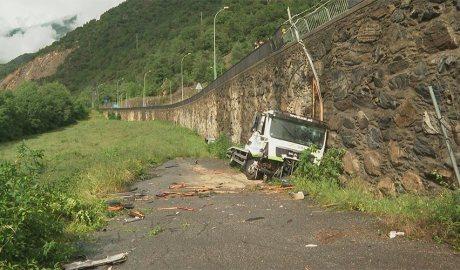Un camió accidentat