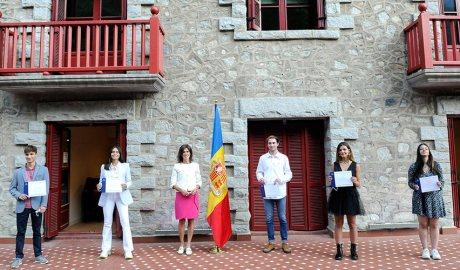Vilarrubla amb els guanyadors del Premi Nacional a l'Estudi del 2020