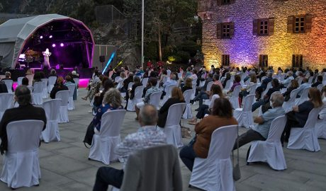 Concert d'Ainhoa Arteta a la plaça del Consell General