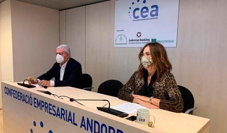 Gerard Cadena i Sònia Yebra al local de la CEA